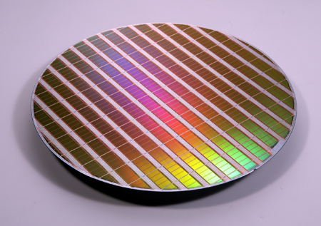 450mm wafer is much larger than the current 300mm