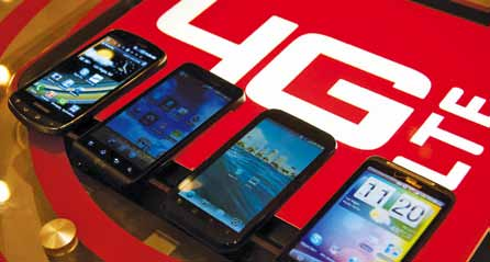 With the availability of chipsets that support both 3G and 4G technologies, the market is beginning to see 4G LTE smartphones (Image courtesy: www.digitaltrends.com)