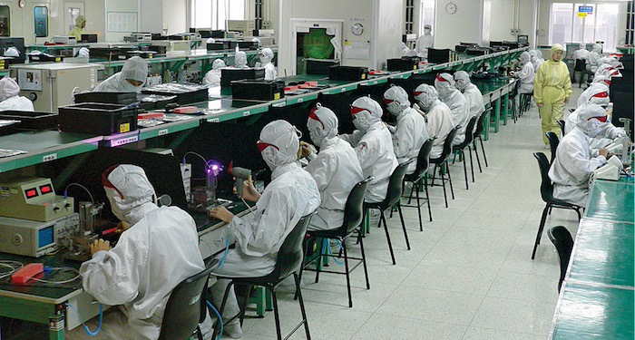 Workers in an electronics factory in Shenzhen, China (Image courtesy: wikimedia.org/wikipedia/commons)
