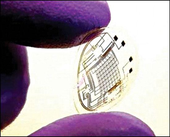 Fig. 2: Prototype of the bionic lens (later version) (Courtesy: University of Washington)