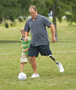 A person playing football with C-leg(Courtesy: www.ottobock.com)