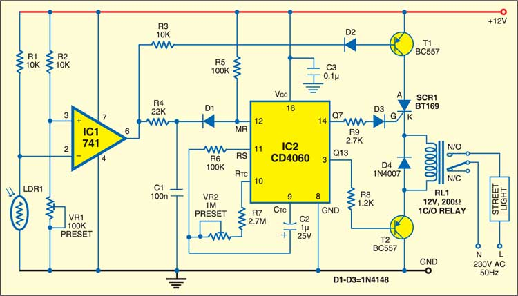Street light controller with a switching circuit