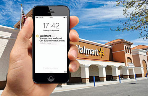 A message announcing a coupon pops up on the mobile screen via geofencing