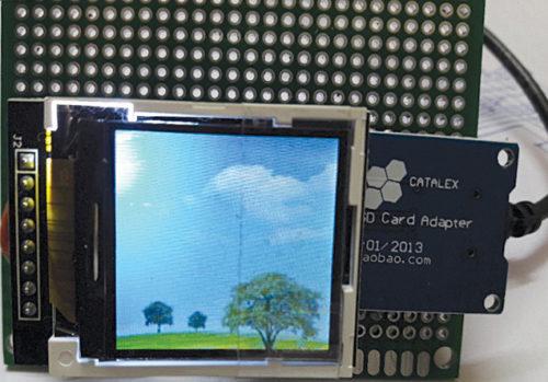 Author's prototype for ESP32 picture slideshow