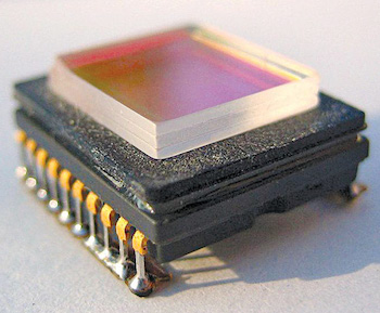 Three-layer IR low-pass filter on CCD sensor (Credit: https://en.wikipedia.org)