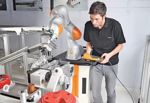 LBR iiwa, a robotic assistant