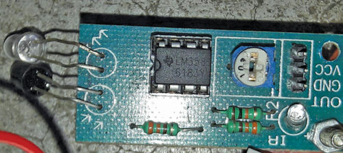 Module with IR sensor pair and LM358