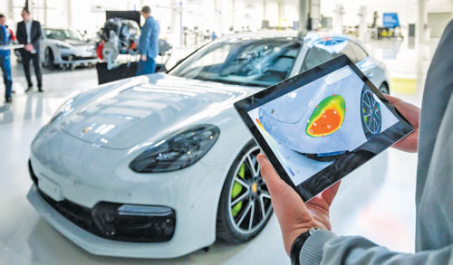 AR and the IoT in Porsche factory