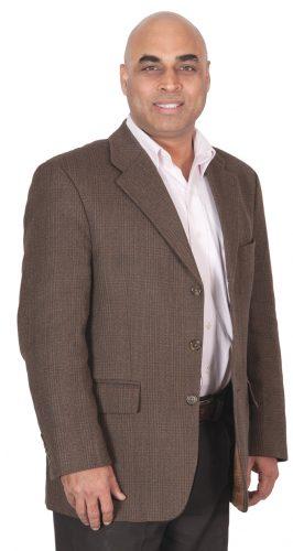 Vinod Sharma, Deki Electronics