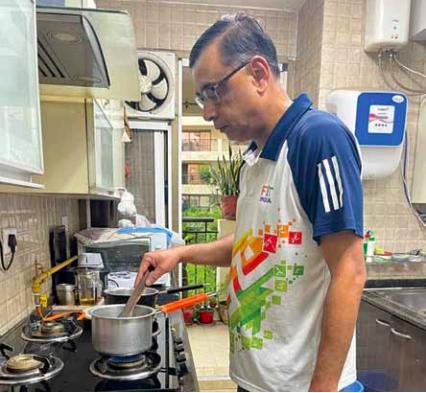 Saurabh Kumar in kitchen